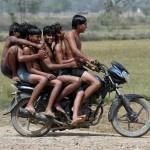 5 moto niños